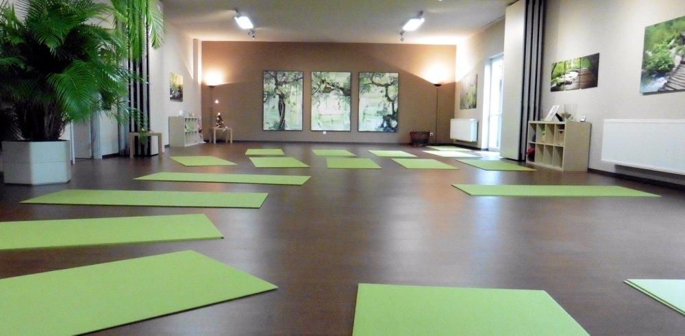 Yoga_Mannheim_grRaum2015.jpg